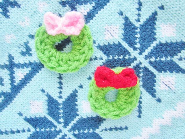 Crochet Christmas Tags